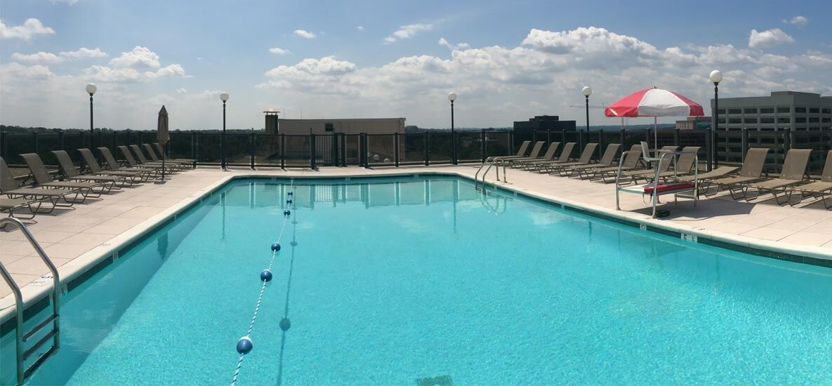 Topaz House Rooftop Pool   Free Community Amenities Exceptional Bethesda  Living