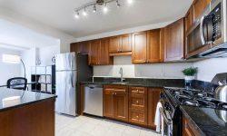 Topaz House kitchen